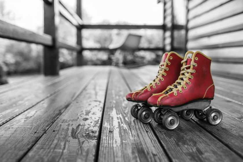 red vintage shoes sport